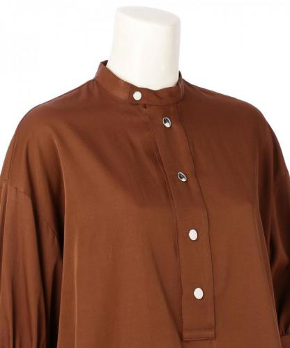 PUFFY SLEEVE SATIN BLOUSE