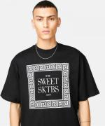 T-Shirt - Sweet 90s Loose Channel/Black